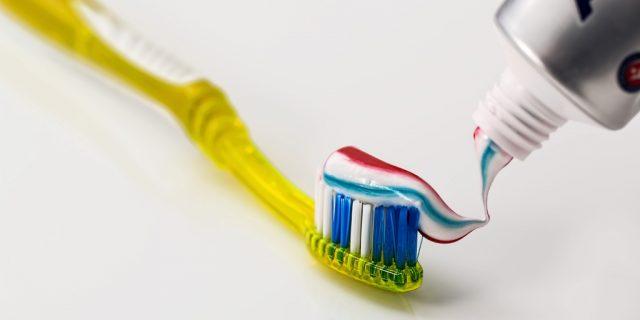 Le choix de la brosse à dents selon l'âge de l'enfant